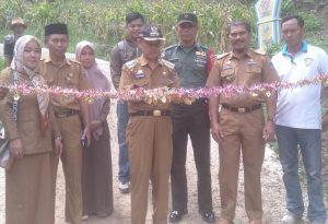 FKS Resmikan Jalan Cor di Desa Mundan, Kecamatan Masalle