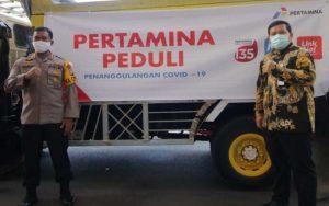 Pertamina Salurkan 2 Ton Beras Untuk Dapur Umum TNI dan Polri