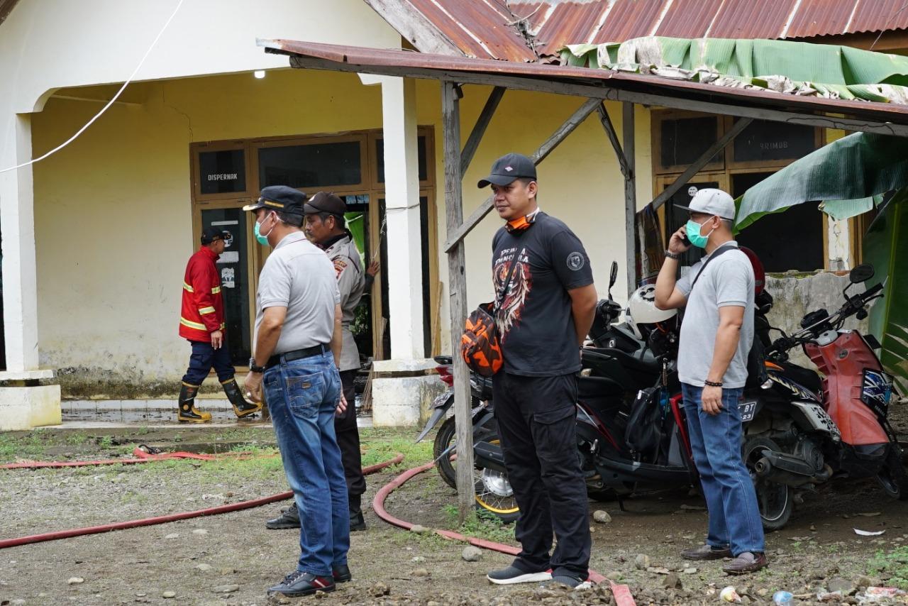 Perketat Pintu Masuk Luwu, Ketua PP Dampingi Bupati Luwu Tinjau Posko di Perbatasan
