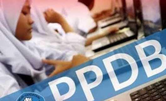 Ortu Casis Soroti Layanan PPDB SMA/SMK Jalur Zonasi