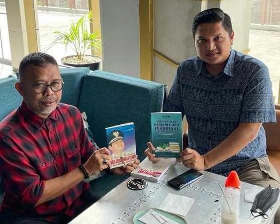 "Arham Basmin Mattayang, Prakarsai Terbitkan Buku"" Mimpi Ayah Saya dari Guru Hingga Bupati Luwu''"