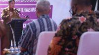 Menkop Launching Ekspor dan Penyerahan Sertifikat Halal MUI ke UMKM