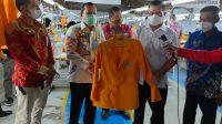 Pantau Warga Binaan Lapas Pembuat Jas Almamater, Rektor UNM: Keterampilannya Sangat Bagus
