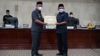 Paripurna DPRD, Bupati Serahkan Ranperda Pertanggungjawaban Pelaksanaan APBD TA 2020