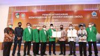 Pemkab Bantaeng Tandatangani MoU dengan UMI dan PGRI