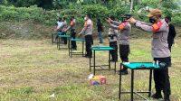 Tingkatkan Kemampuan, Kapolres Enrekang Bersama Anggota Laksanakan Kegiatan Latihan Menembak