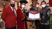 Dua Tahun Jalin Kemitraan, Pemkab Enrekang Terima Penghargaan dari IBK Nitro