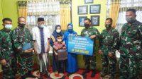 Danlantamal VI Serahkan Tali Asih dari Kasal Kepada Istri Praka Marinir (Alm) Nursalam