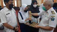 Apresiasi Siswa Berprestasi, Pemkab Bantaeng Beri Penghargaan