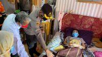Bentuk Kepedulian pada Generasi Penerus Bangsa, Kapolres Enrekang Berikan Bantuan kepada Anak Penderita Kanker Tulang