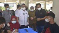 Jubir Presiden Pantau Kegiatan Vaksinasi di UNM