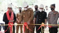 Bupati Luwu Lakukan Peletakan Batu Pertama Pembangunan Kantor Pengadilan Agama Belopa