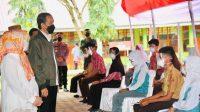 Tinjau Vaksinasi Massal Pelajar di Wajo, Presiden Jokowi Beri Pujian