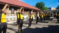 Tingkatkan Imunitas Tubuh, Personel Polres Pelabuhan Makassar Rutin Olahraga