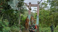 Bukan Akses Satu-satunya, Didampingi Kadis PUPR Luwu, Dandim Sawerigading 1403 Tutup Jembatan yang Sempat Viral