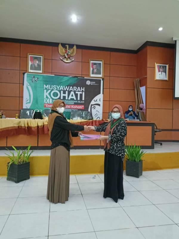 Ditetapkan sebagai Ketum Kohati Makassar, Eka Zulaika: Mari Saling Merangkul