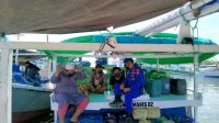 Satpolair Polres Pelabuhan Makassar Awasi Prokes Masyarakat Pulau