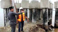 Anggota Komisi III DPRD Parepare Tinjau Progres Masjid Terapung yang Dianggap tak Mengapung