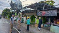 Plt Gubernur Pastikan Bantuan Logistik Aman untuk Korban Puting Beliung di Pinrang