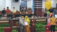 HUT Sulsel ke 352, Kepala Kanwil ATR/BPN Sulsel Diberi Penghargaan Penyelamatan Aset Negara
