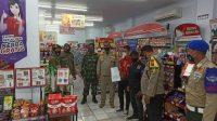 Polres Pelabuhan Makassar Bersama Instansi Terkait Razia Prokes di Minimarket