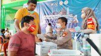 Lampaui Target, Polda Sulsel dan IKA MAN 2 Makassar Vaksinasi 1.539 Peserta