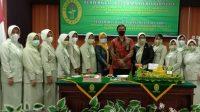 Peringati HUT Dharmayukti, PN Majene Serahkan Bantuan Beasiswa